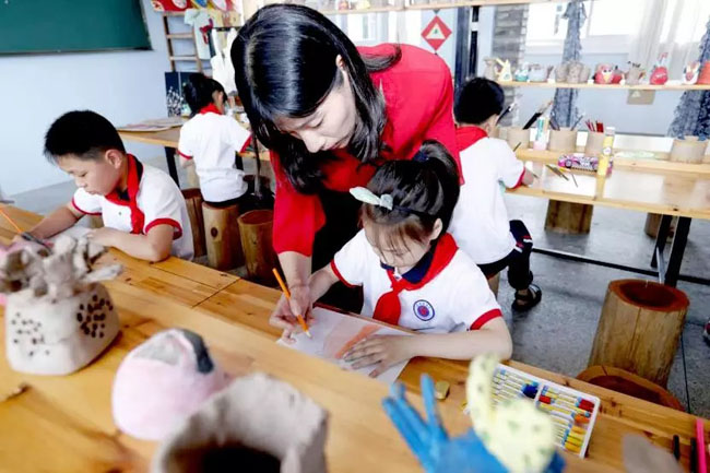"""微言教育:浙江教育现代化的各种""""范儿"""""""