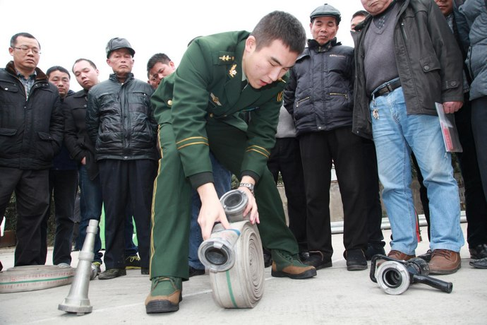 杨汛桥成教中心开展村居消防安全知识与技能培
