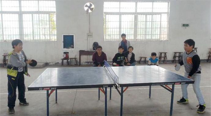 三界镇举行2015中小学生乒乓球比赛