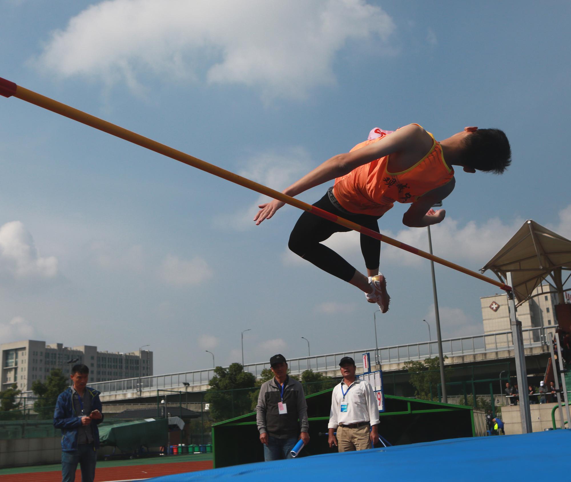 慈溪市中小学生田径运动会举行